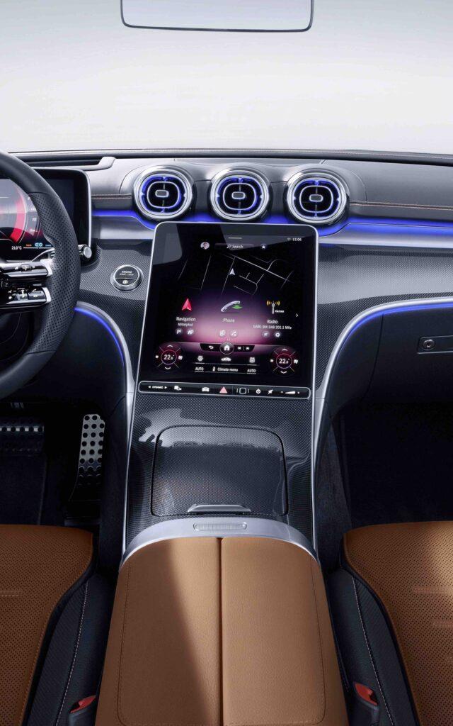 Mercedes-Benz C-Klasse, 2021, Selenitgrau magno, Leder zweifarbig Sienabraun/Schwarz. Interieur   Mercedes-Benz C-Class, 2021, selenite grey magno, siena brown/black leather. Interior