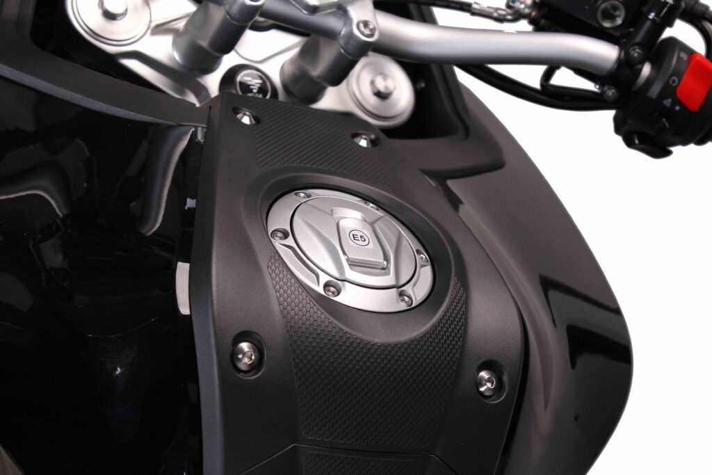 VOGE 500DS E5 - DETAIL (4)